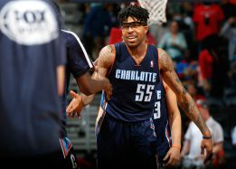 Los Clippers firman a Ekpe Udoh y a Douglas-Roberts