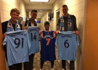 Willy, Porzingis y Zuzminskas, con David Villa en Nueva York
