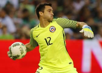 Toselli se impone y será el portero de la Roja en Paraguay