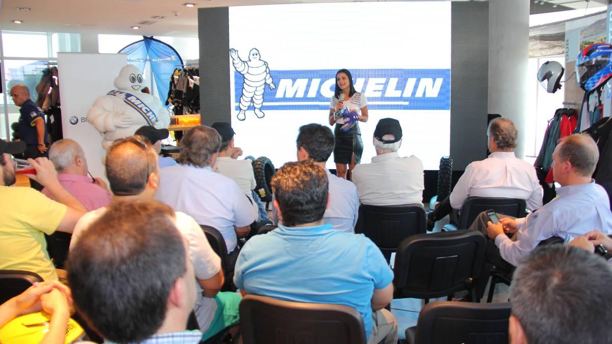 Nueva l nea de neum ticos michelin para la bmw adventure for Porte 12 michelin