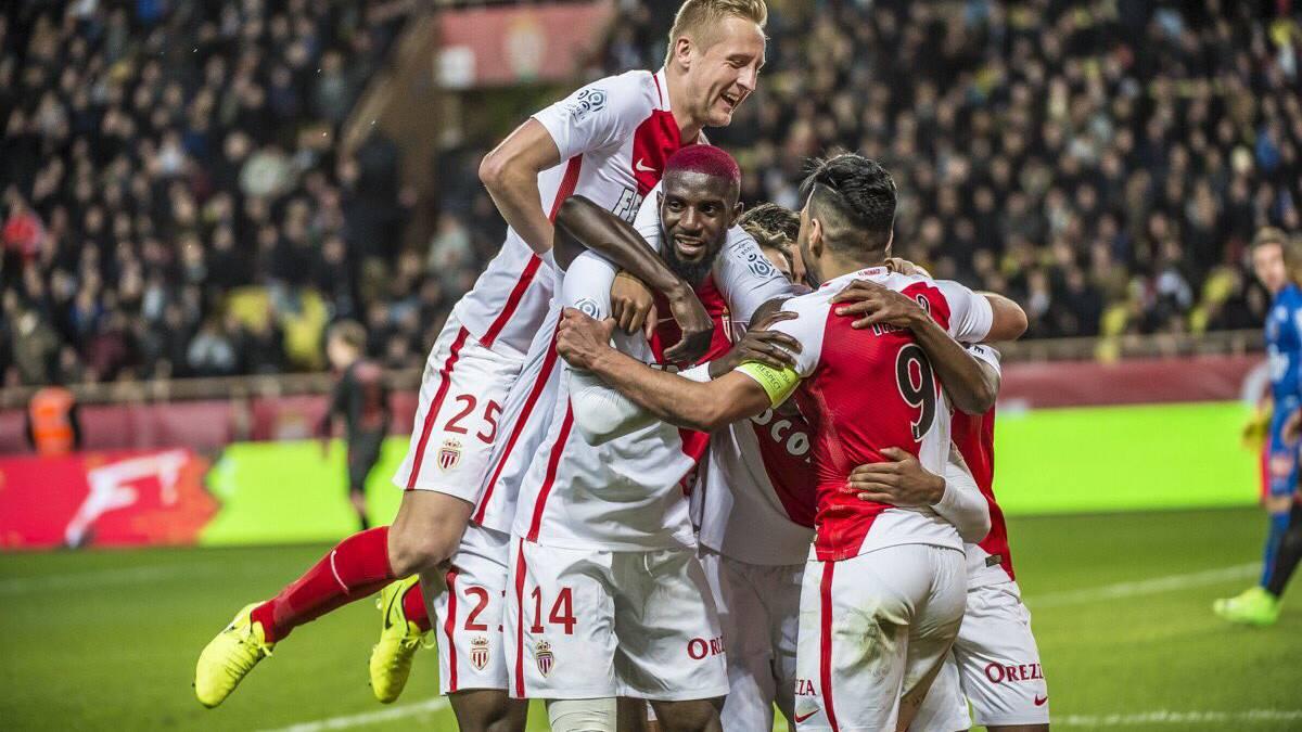 Mónaco, PSG y Niza ganan y mantienen la pelea por el título en tres puntos