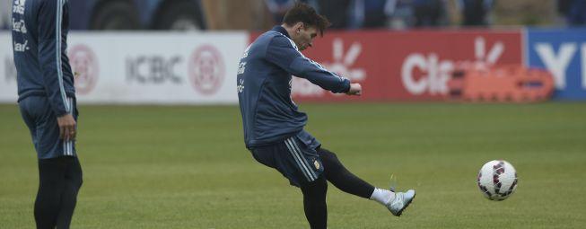 Messi persigue goles ante Jamaica en su partido 100