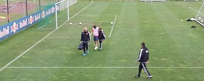 Yoel y Barragán, primeros lesionados del Valencia