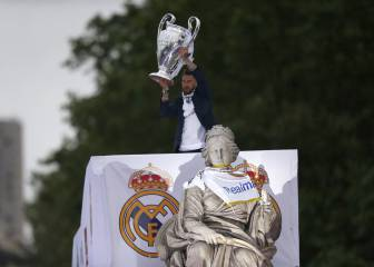 Joy at Cibeles as Real celebrate Champions League win