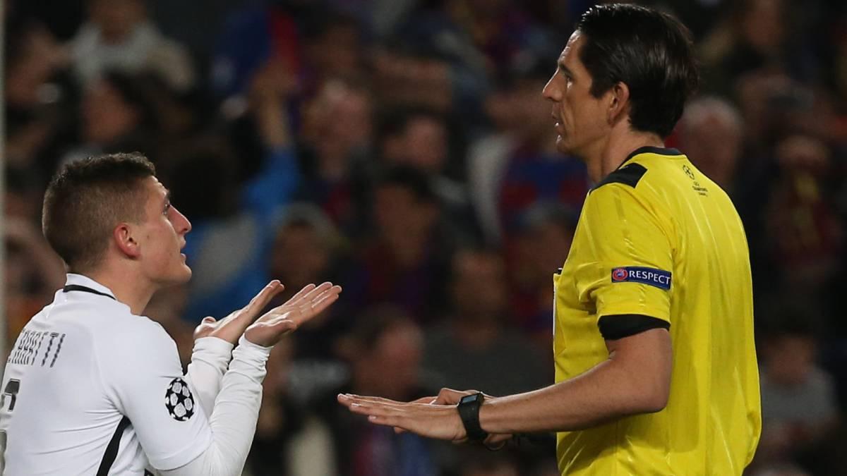 El PSG protesta a UEFA por los fallos de Aytekin ante el Barcelona