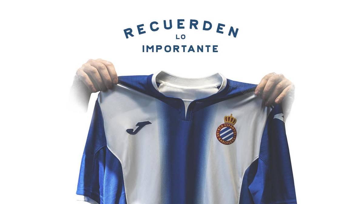 La Liga | Espanyol allude to Messi celebration with derby poster ...