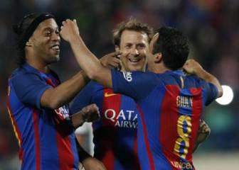 Ronaldinho le da el Clásico de las leyendas al Barça