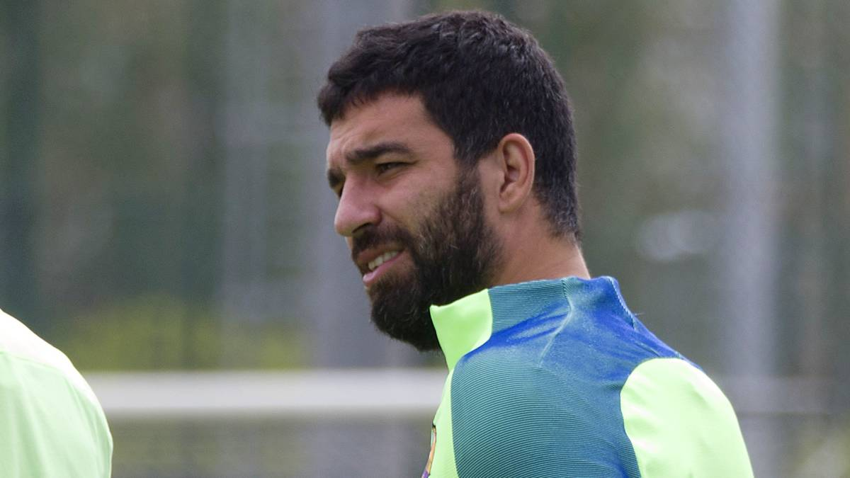 Bar§a days ing to an end for Arda Turan and Jeremy Mathieu AS