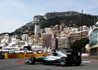 Hamilton domina, Sainz cumple y Alonso es 13º con problemas