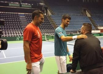 """Novak Djokovic busca """"energía positiva"""" frente a España"""