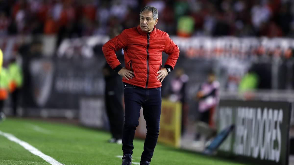 """Holan: """"Era penal y expulsión de Pinola..."""" - AS Argentina"""