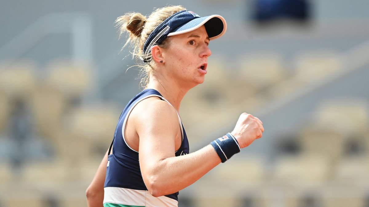 Podoroska-continues-to-make-history-at-Roland-Garros-and-is-in-the-semifinals