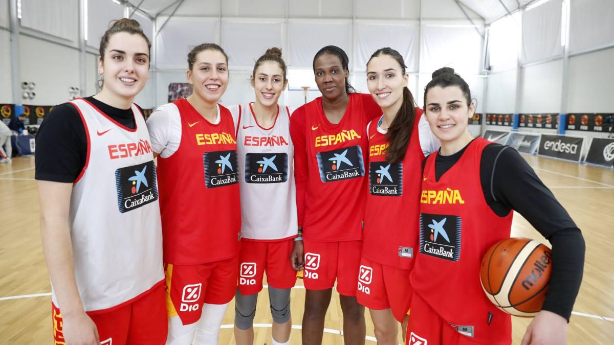 """A las más jóvenes esta Selección femenina les inspira"""" - AS.com beee48319c7d9"""