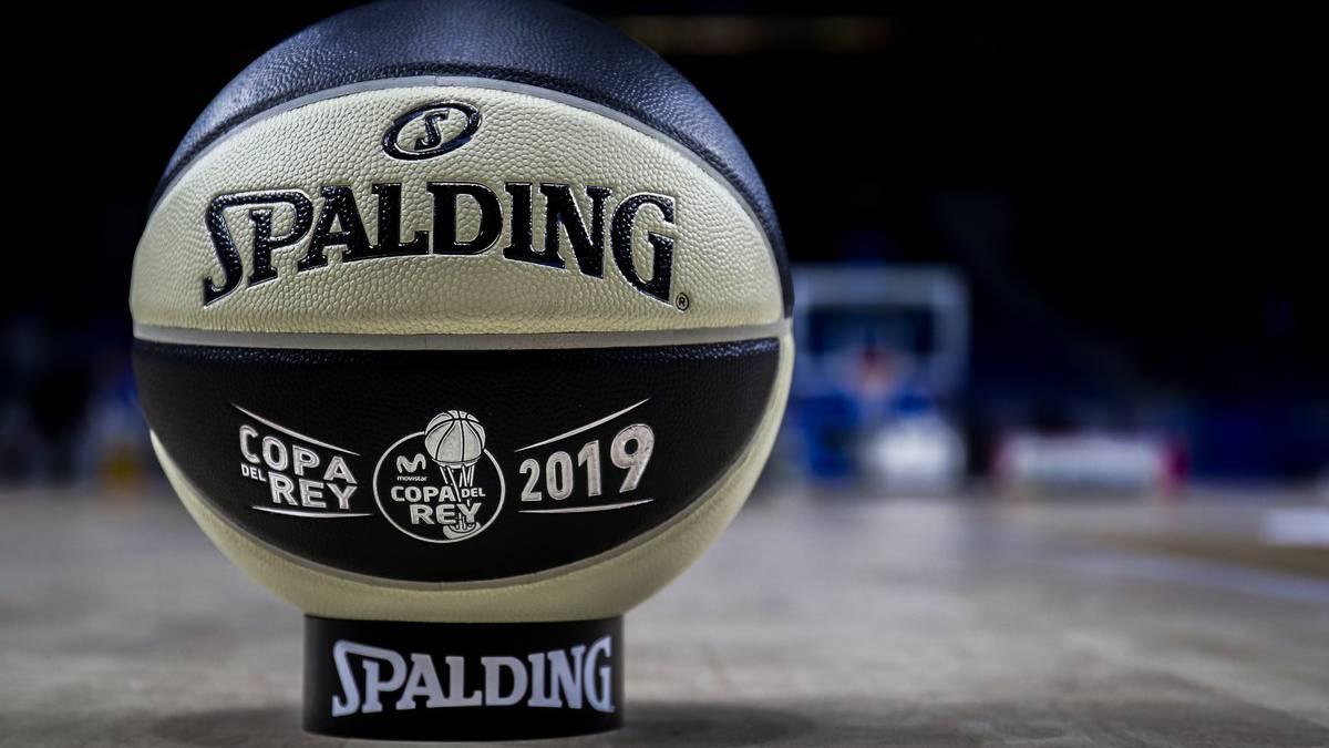 El balón de la Copa del Rey repite diseño blanquinegro para Madrid ... b39411c32d643