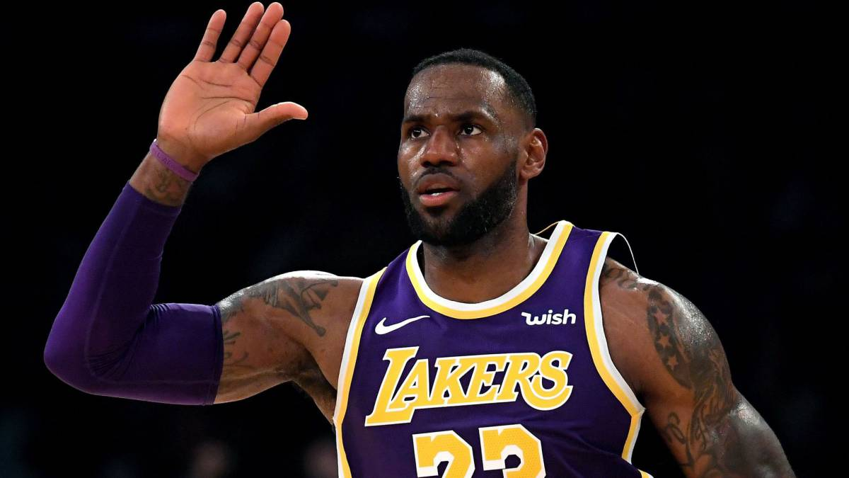 LeBron-puts-the-turbo-and-the-Lakers-add-one-more-victory:-10-of-12