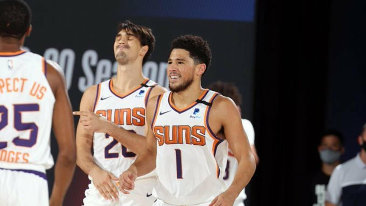 Booker-extends-the-streak-and-the-dream-is-more-and-more-real