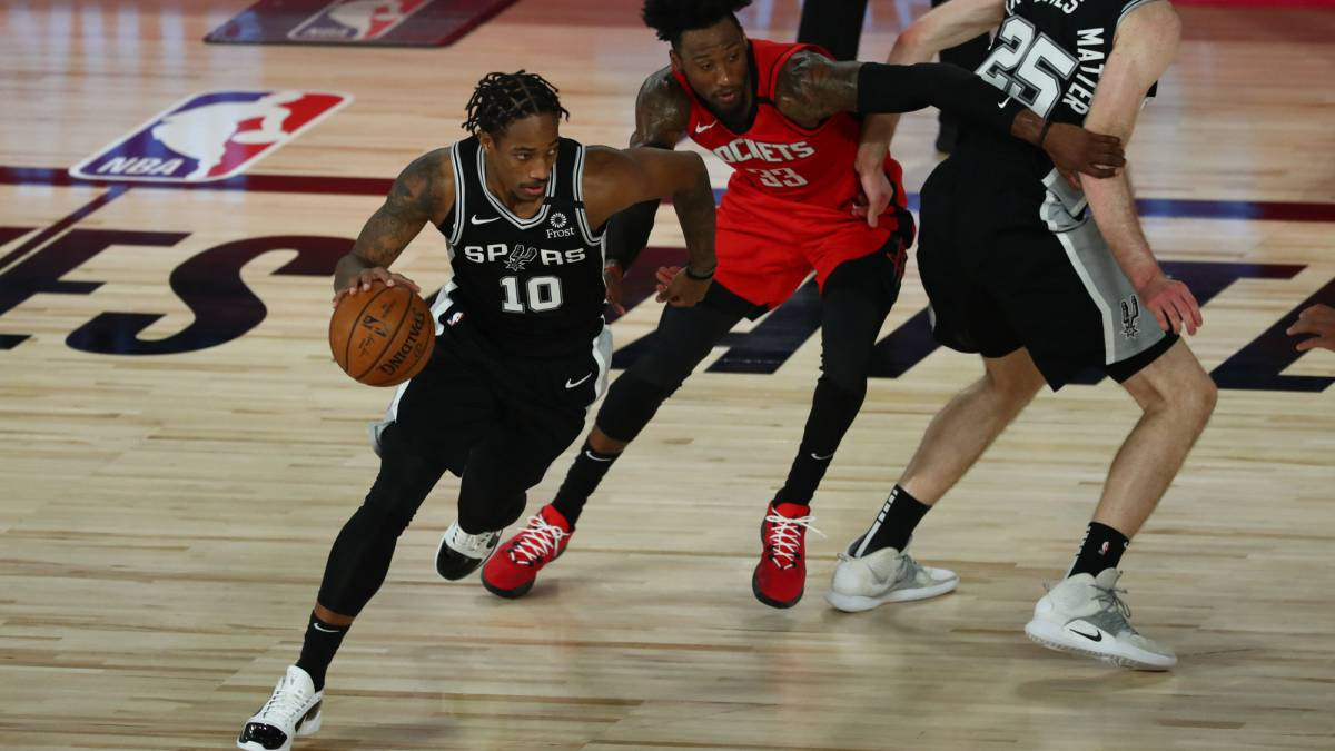 The-Spurs-take-advantage-of-the-Rockets-nap-to-stay-alive