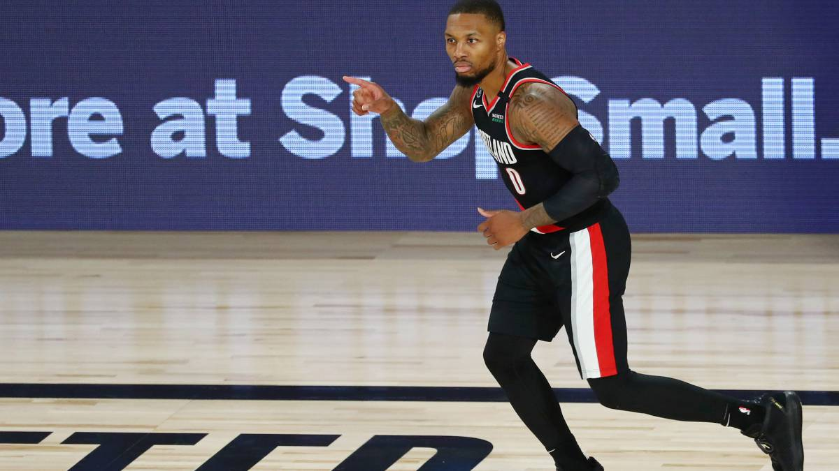 A-historic-Lillard-(61)-beats-Doncic-and-rescues-the-Blazers