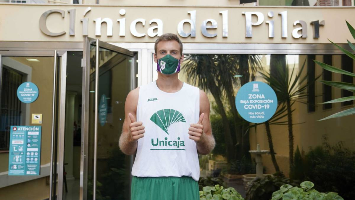 The-Unicaja-staff-negative-in-COVID-19