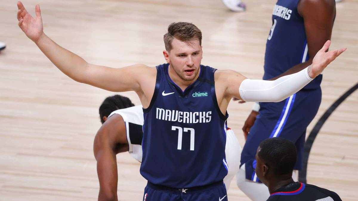 Triple-to-win-from-Doncic-!!!-Mavs-anthological-game