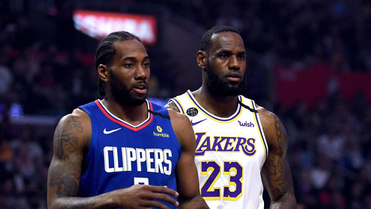 Players-stop-the-squad-and-the-playoffs-will-end