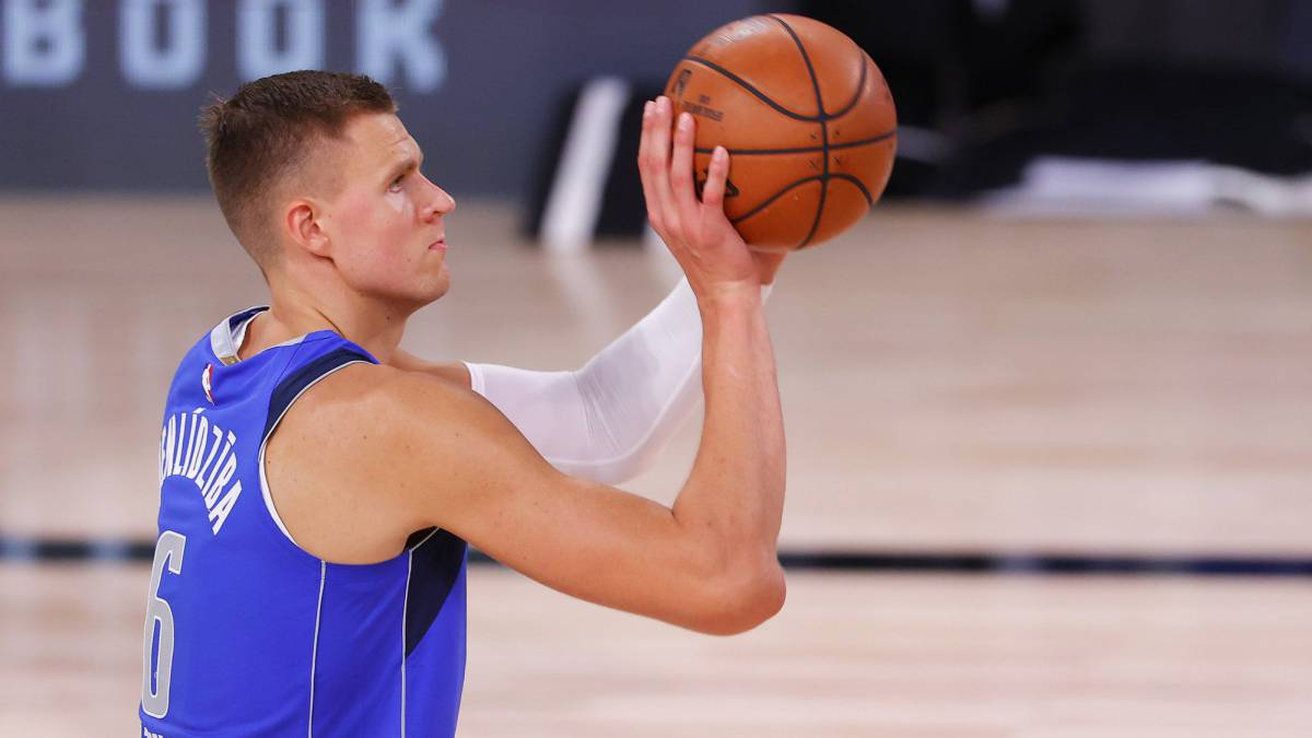 Doncic-alone-in-the-face-of-danger:-Porzingis-out-will-not-play-anymore