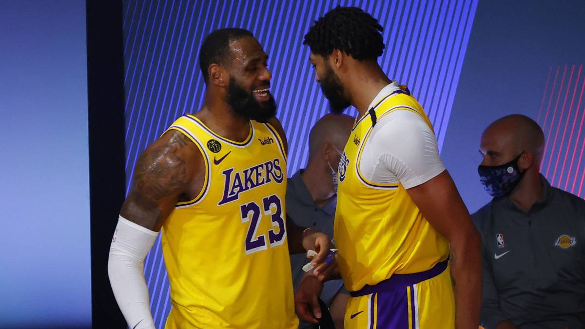 Davis-and-LeBron-are-Shaq-and-Kobe-to-beat-the-tough-Blazers