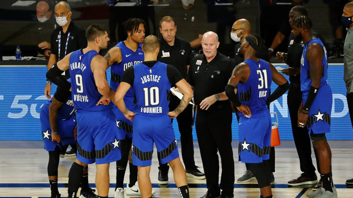 Magic-post-Howard:-a-low-ceiling-and-an-uncertain-future