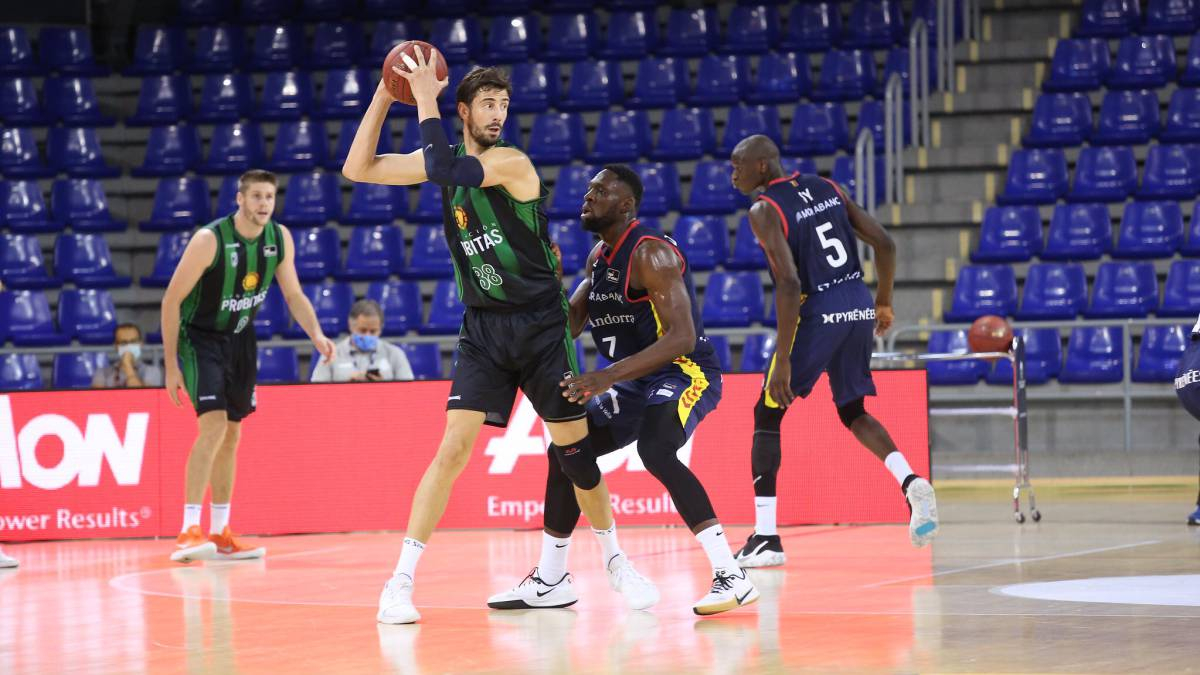 Not-even-the-great-game-of-Ante-Tomic-prevents-the-defeat-of-Joventut