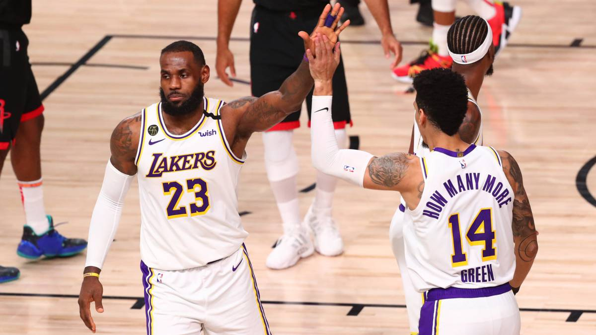 LeBron-wants-his-crown:-beating-exhibition-and-goodbye-Harden