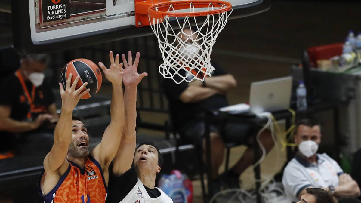 Valencia-Basket-wins-and-will-play-the-final-against-Asvel