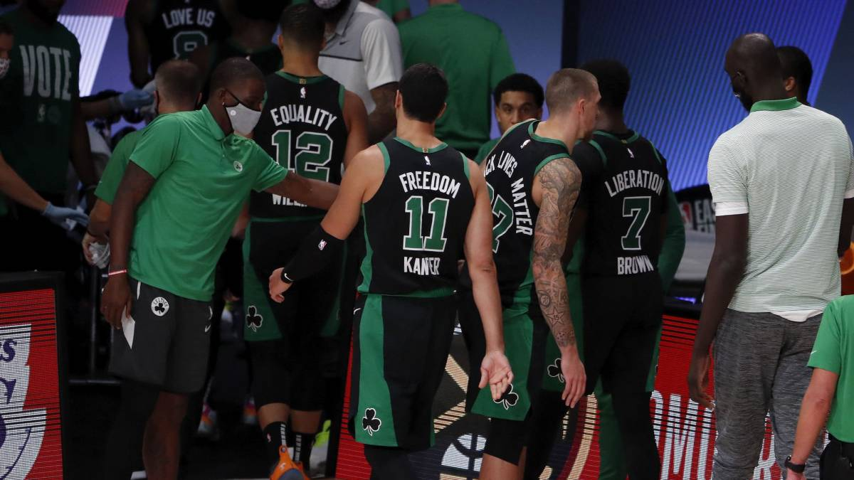 Fracture-in-the-Celtics:-screams-and-objects-flying-in-the-locker-room