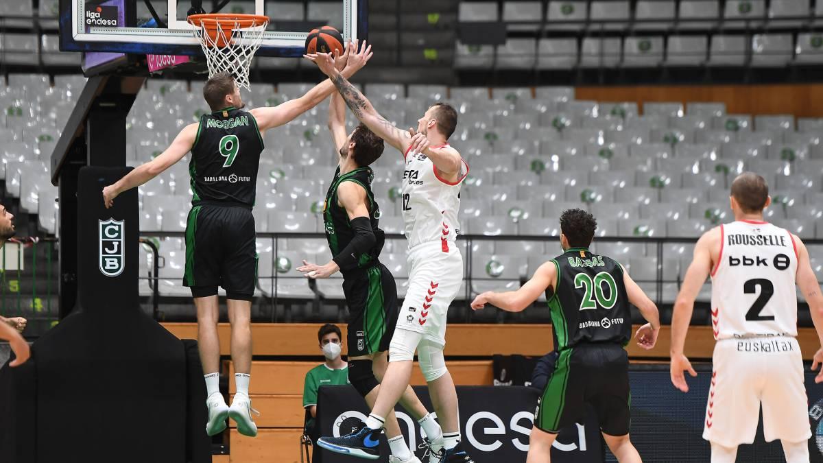 The-Joventut-block-decides-against-a-Bilbao-Basket-fighter