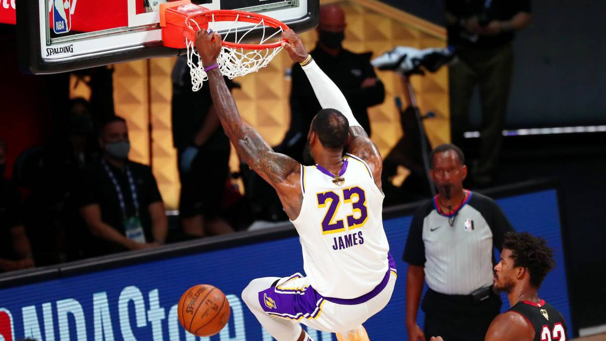 """LeBron-James-was-""""about""""-to-leave-the-Disney-bubble"""