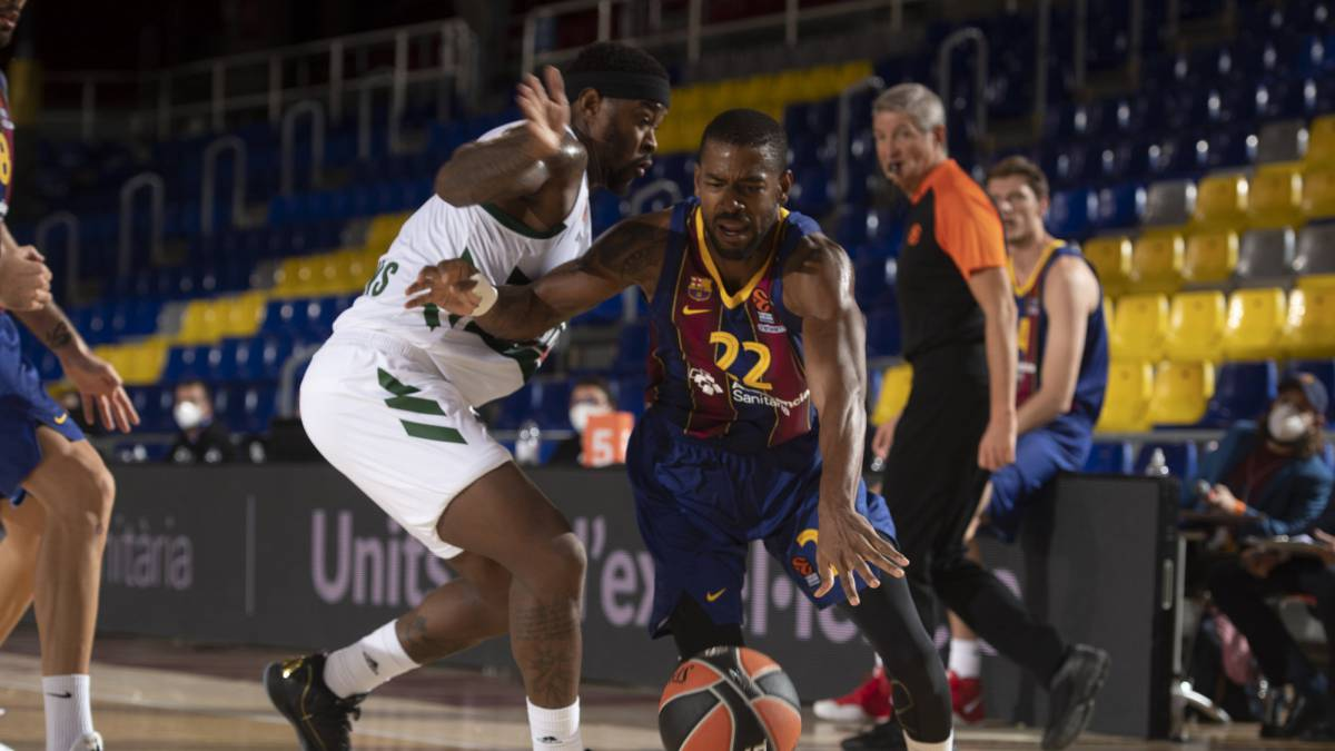 Davies-and-Higgins-decide-in-extra-time-for-Barça