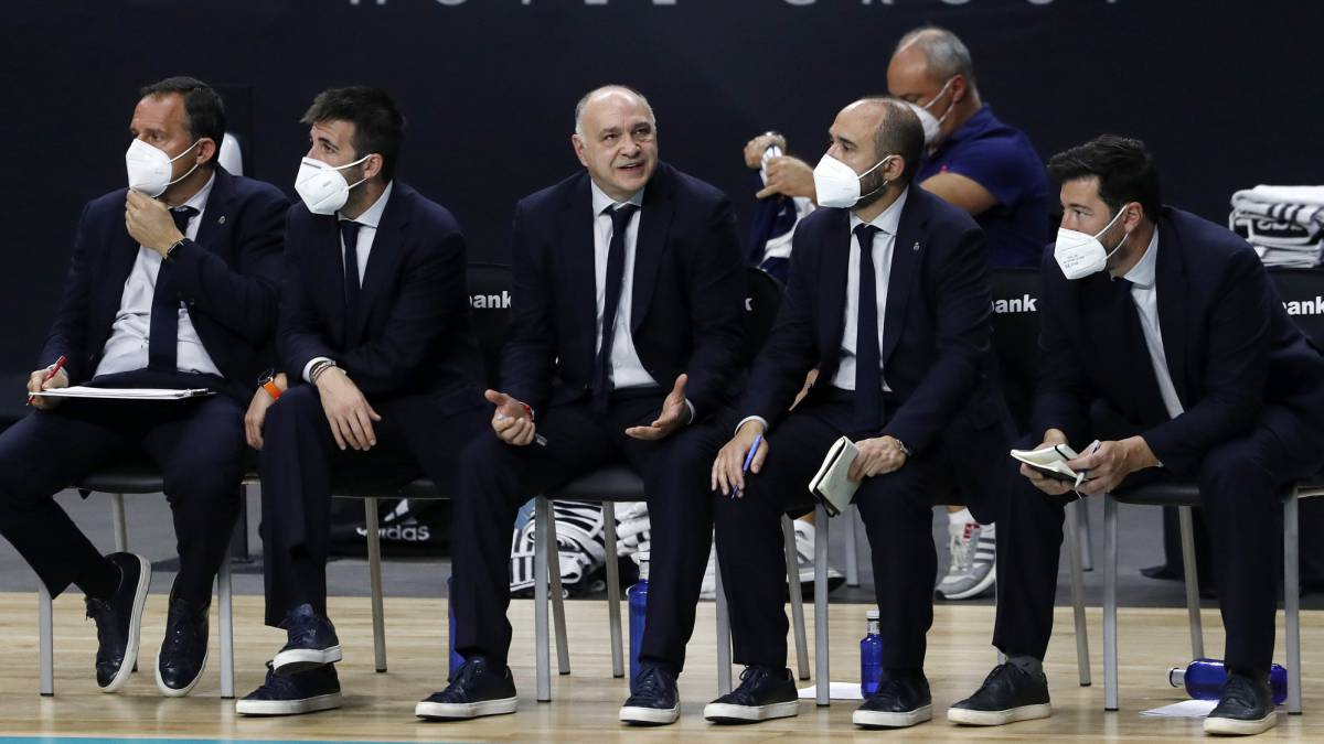 """Laso:-""""The-thing-about-Abalde's-knee-is-just-a-blow"""""""