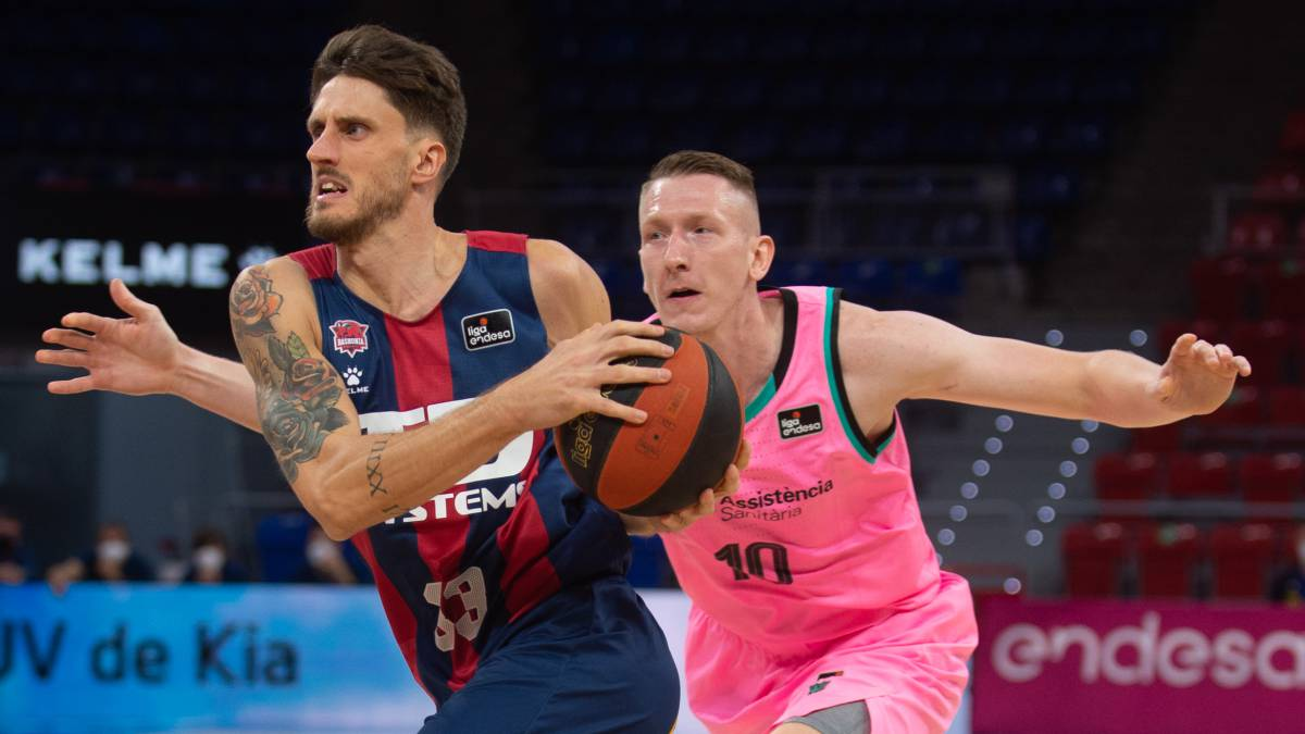 Polonara-and-Giedraitis-strike-down-a-Barcelona-without-rhythm