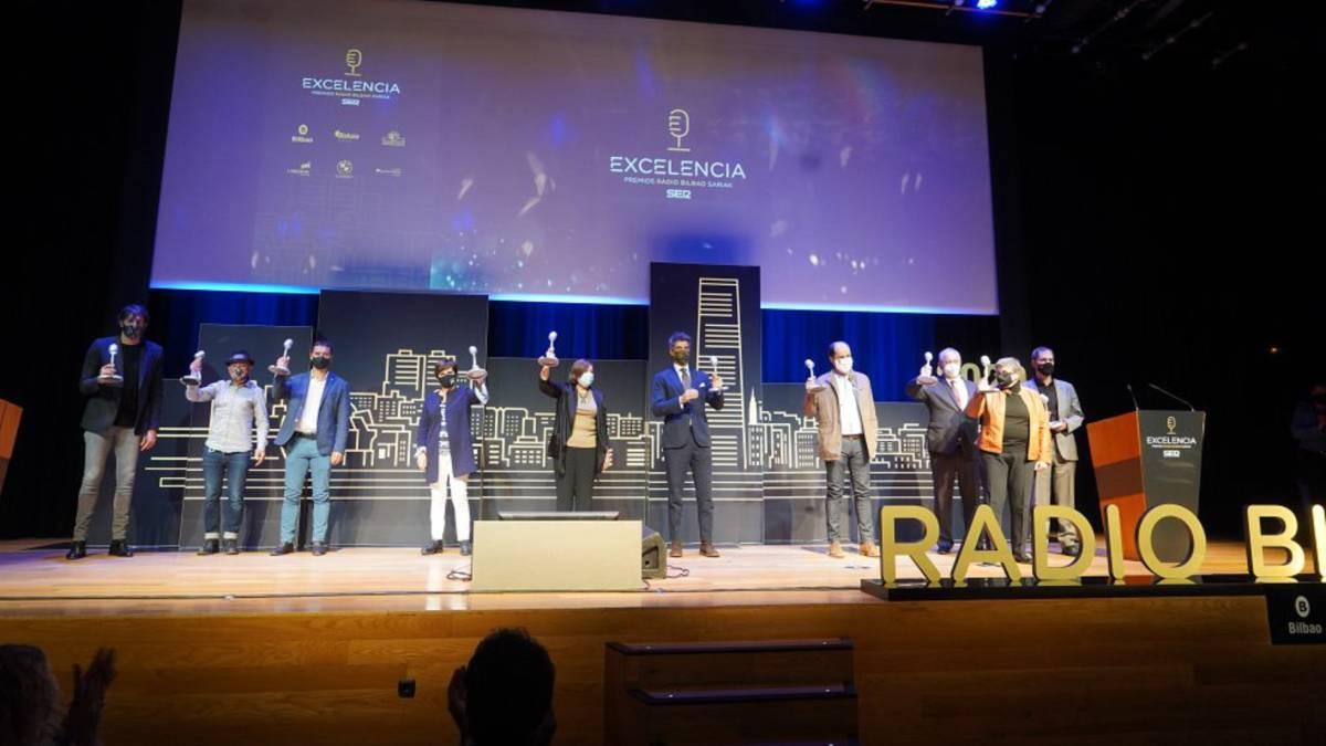 Mumbrú-awarded-at-the-Radio-Bilbao-Excellence-Awards