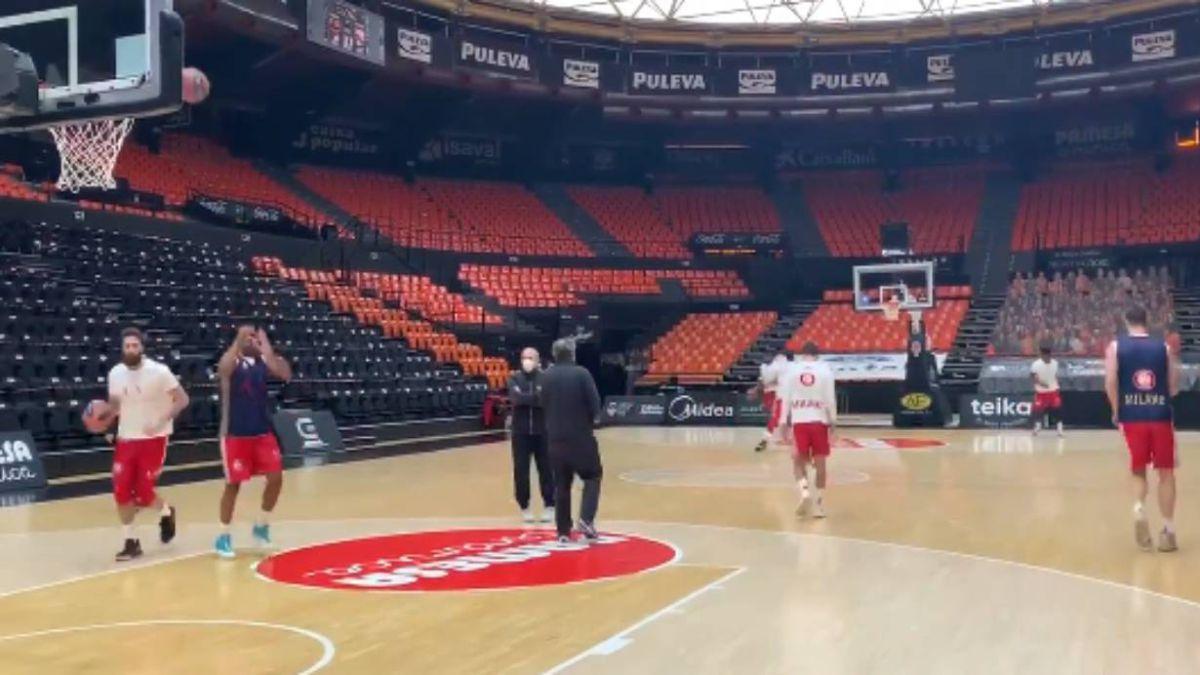 Armani-prepares-the-duel-against-Valencia-at-La-Fonteta