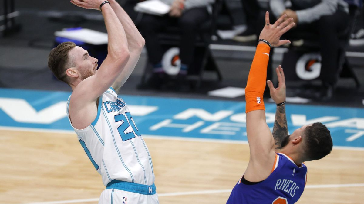 Hayward-and-the-Hornets-return-the-Knicks-to-stark-reality