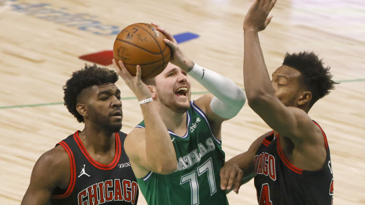 Doncic-(36-+-16-+-15)-shines-and-Dallas-turns-off