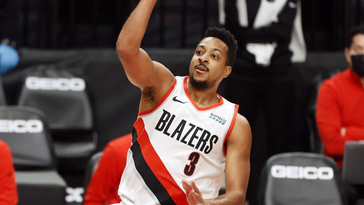 CJ-McCollum-breaks-down-and-jeopardizes-Trail-Blazers-season