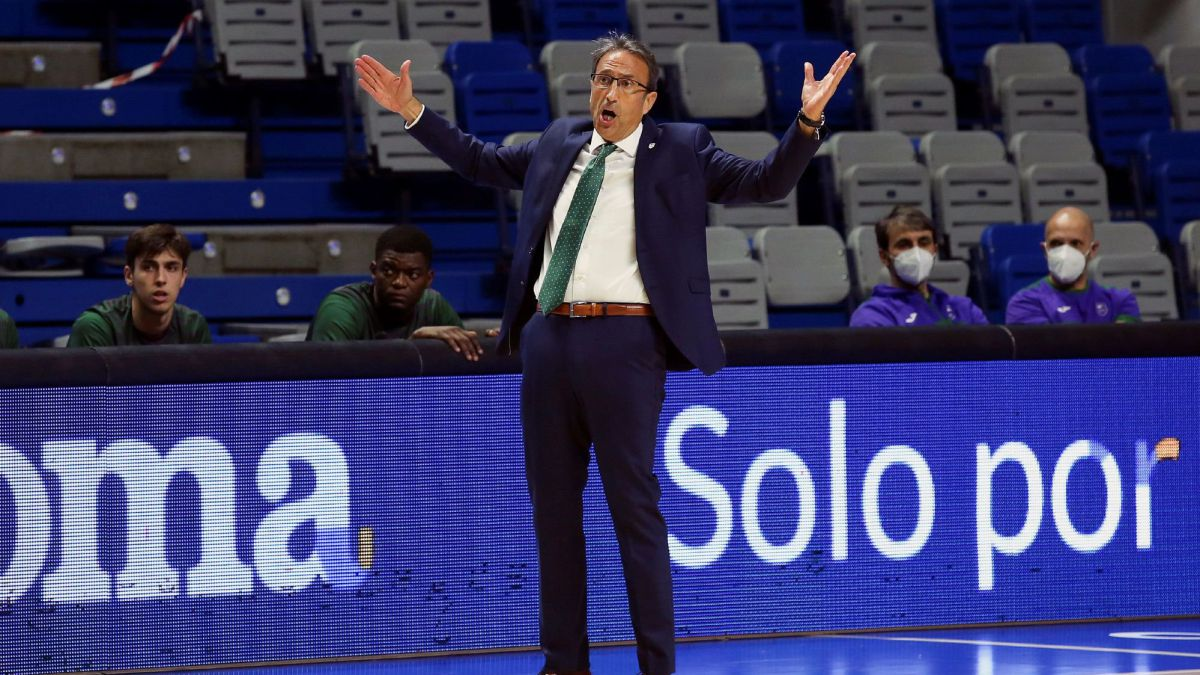 Unicaja-fires-Casimiro-and-bets-on-Katsikaris