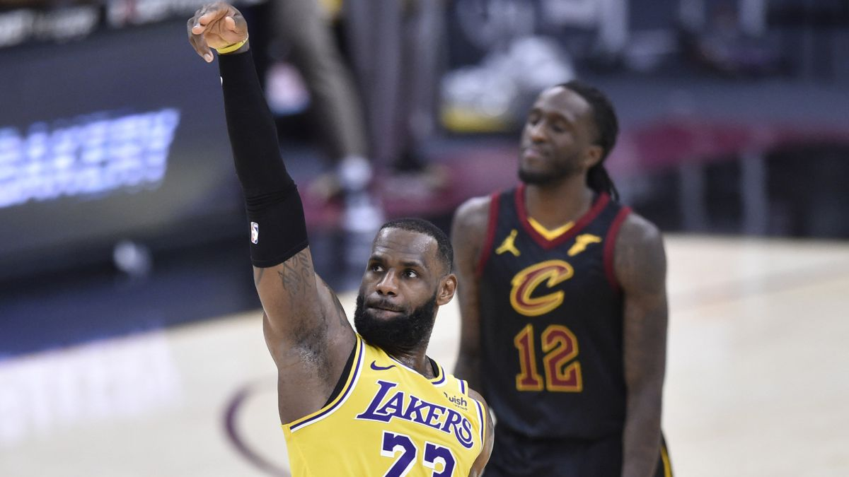 LeBron-blasts-his-beloved-Cavs-with-another-game-out-of-the-ordinary