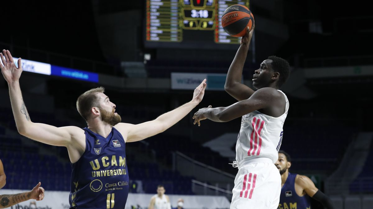 Summary-and-result-of-Real-Madrid---UCAM-Murcia:-ACB