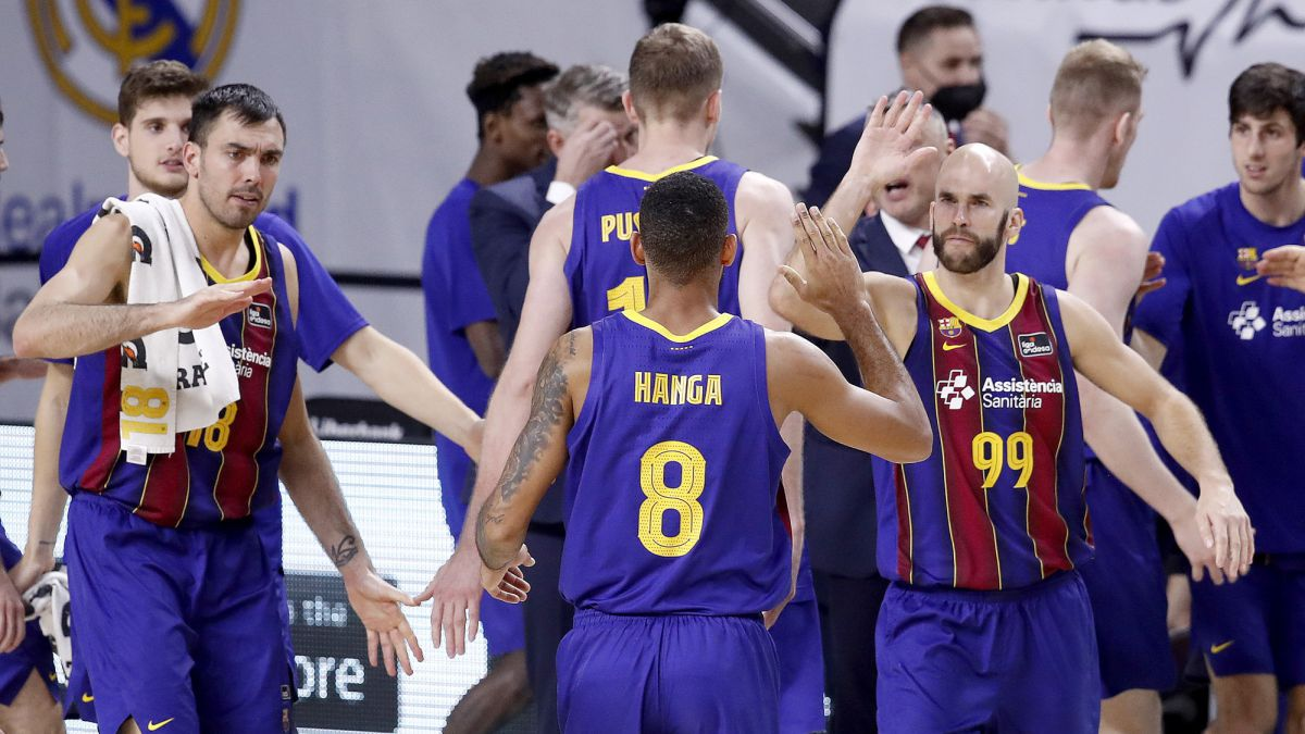 Barça-and-Anadolu-Efes-are-watching-Larkin