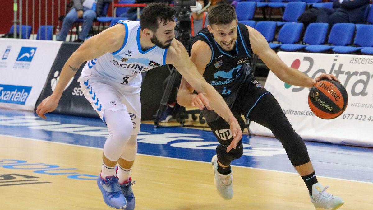 Gipuzkoa-solve-a-drama-against-Estudiantes-de-Barea