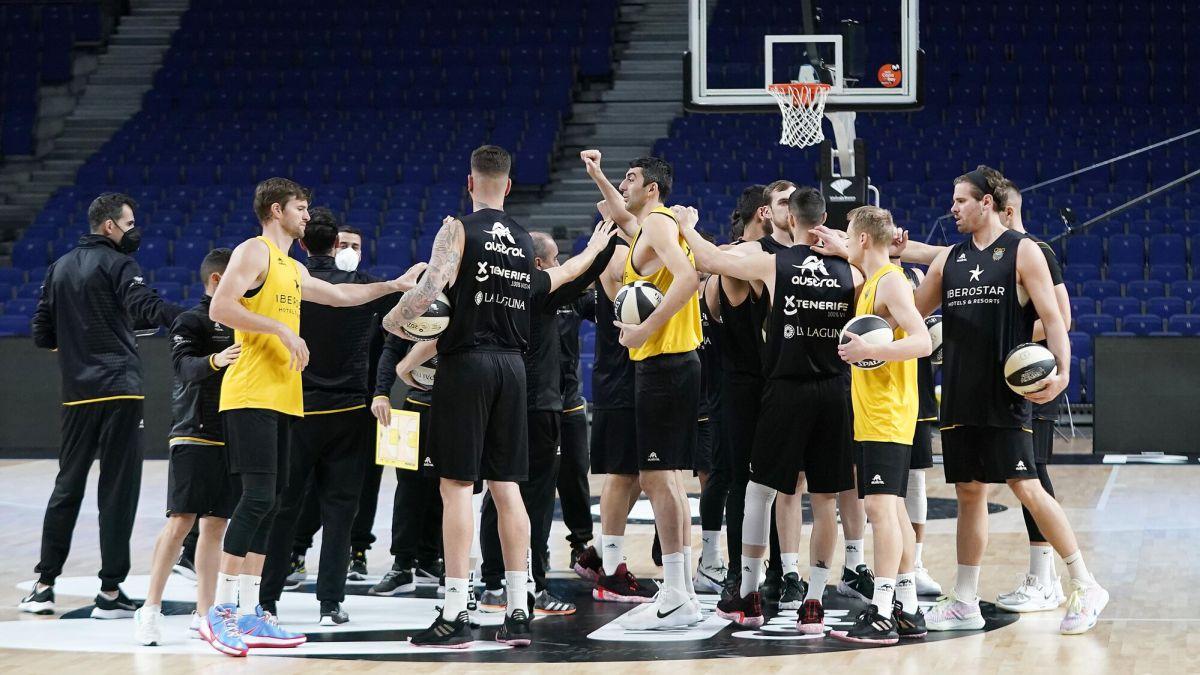 Duels-of-'champions'-between-Tenerife-and-Burgos