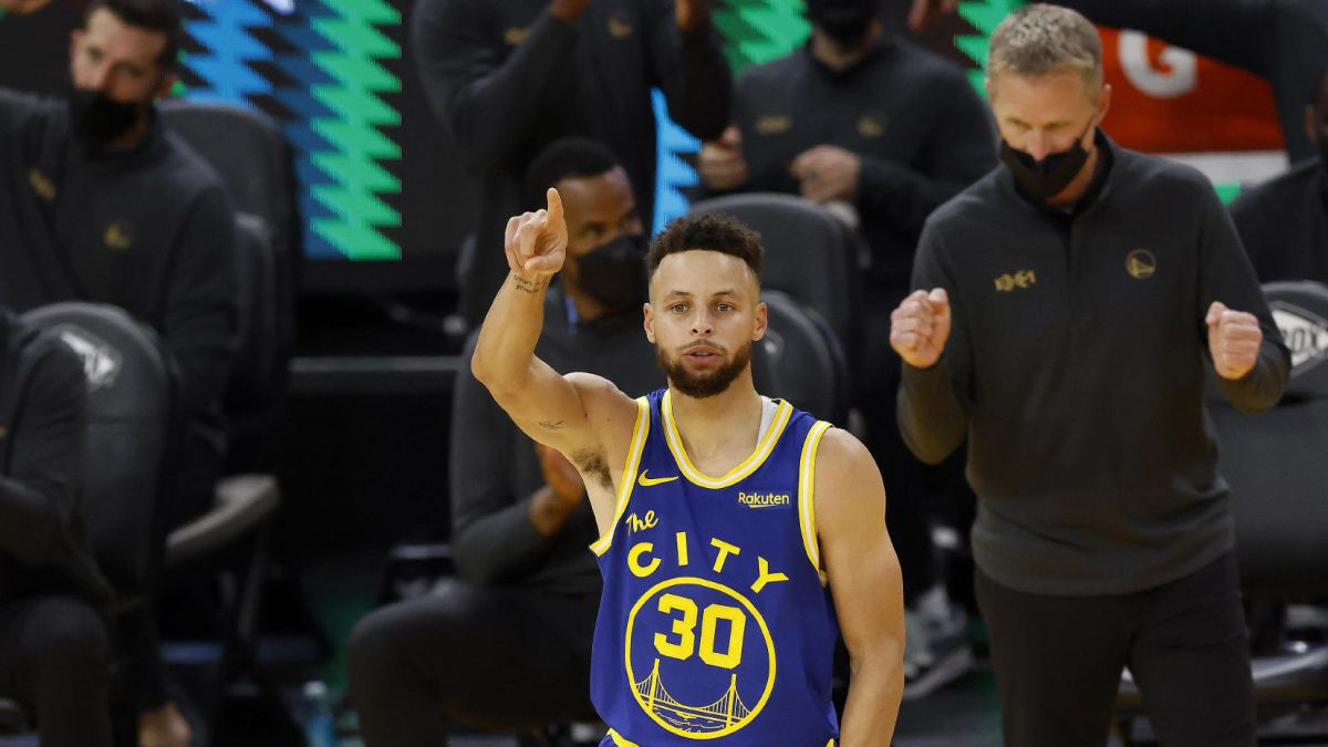 10-triples-40-points-and-a-valuable-reminder:-Curry-is-still-very-much-alive