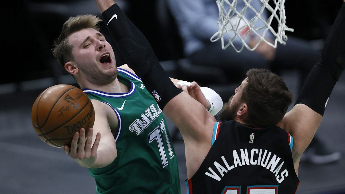 Simple-victory-for-the-Mavs-despite-the-absence-of-Porzingis